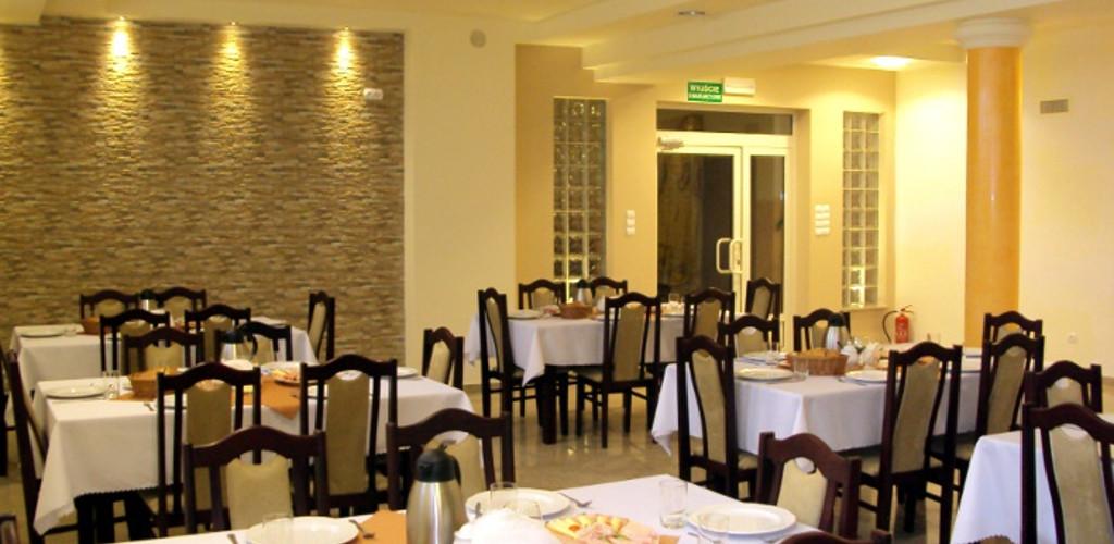 Pensjonat Lichen I Restauracja Dla Kazdego